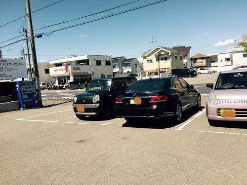株式会社Crop駐車場